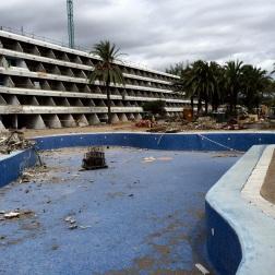 aufgelassenes mega hotel