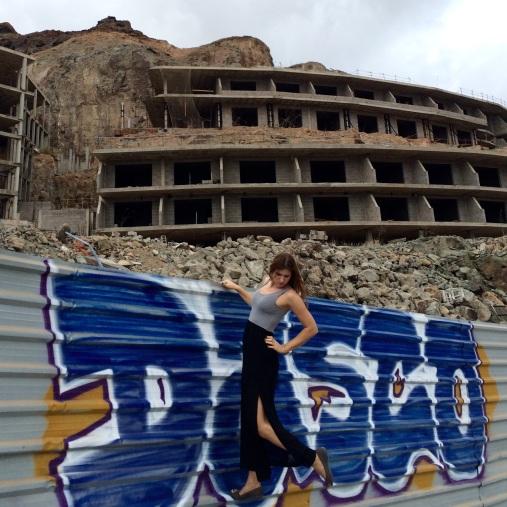 nicht fertiggestelltes mega hotel