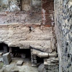 antike fussbodenheizung
