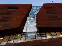 wu teaching center und departments